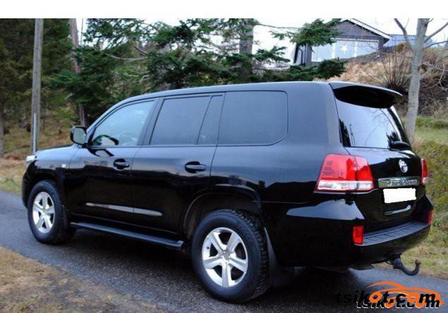 Toyota Sequoia 2009 - 1