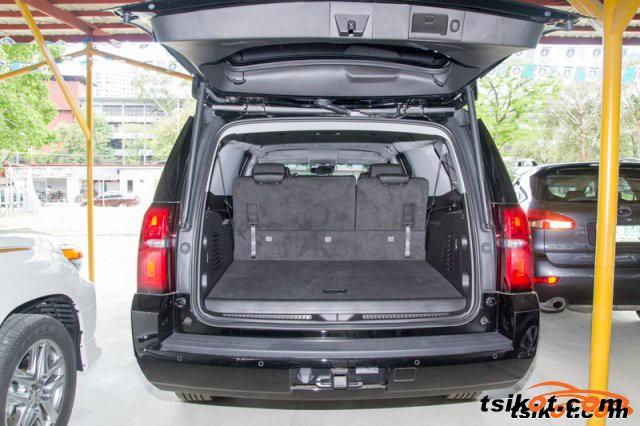 Chevrolet Suburban 2015 - 2