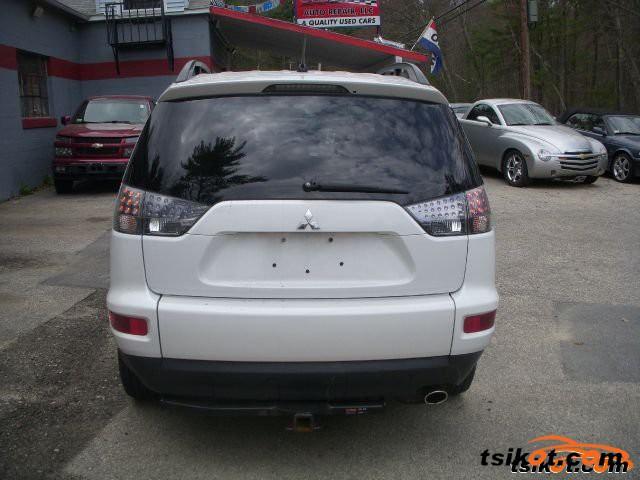 Mitsubishi Outlander 2010 - 4