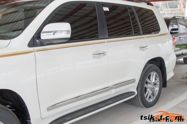 Toyota Land Cruiser 2015 - 3