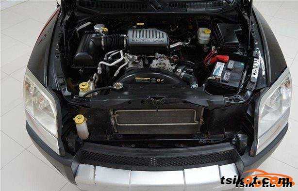 Mitsubishi Raider 2006 - 4