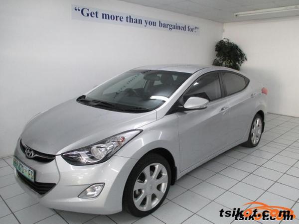 Hyundai Elantra 2012 - 4