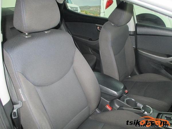 Hyundai Elantra 2012 - 6