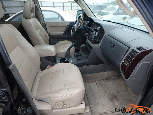 Mitsubishi Montero 2002 - 2