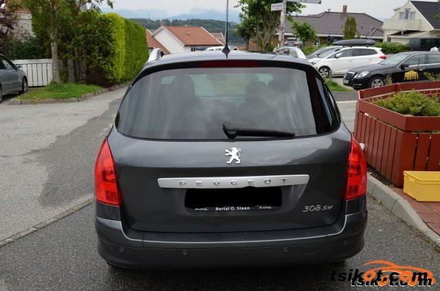 Peugeot 308 2008 - 4