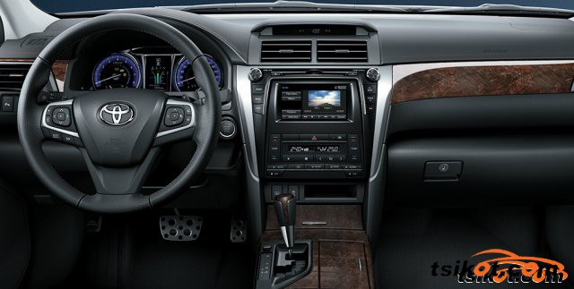Toyota Camry 2015 - 5