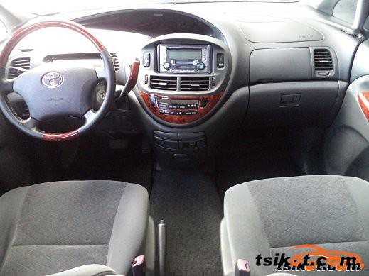 Toyota Previa 2004 - 4