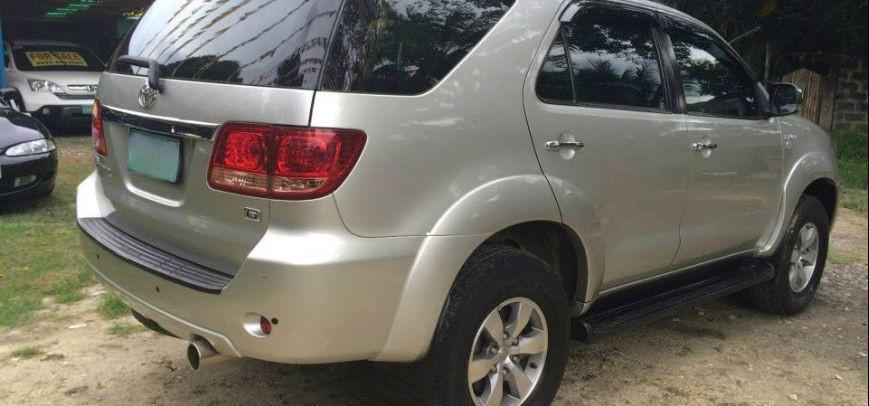 Toyota Fortuner 2006 - 9