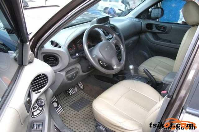 Hyundai Santa Fe 2000 - 1