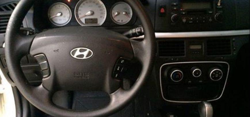 Hyundai Sonata 2007 - 11
