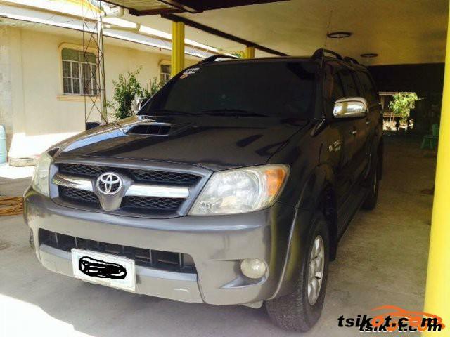 Toyota Hilux 2009 - 12