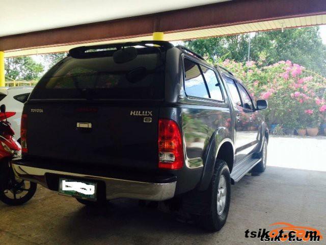 Toyota Hilux 2009 - 13