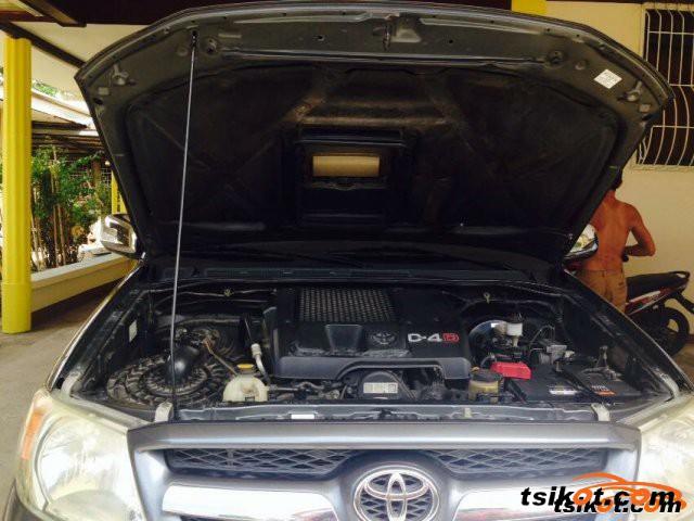 Toyota Hilux 2009 - 14
