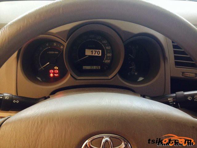 Toyota Hilux 2009 - 15