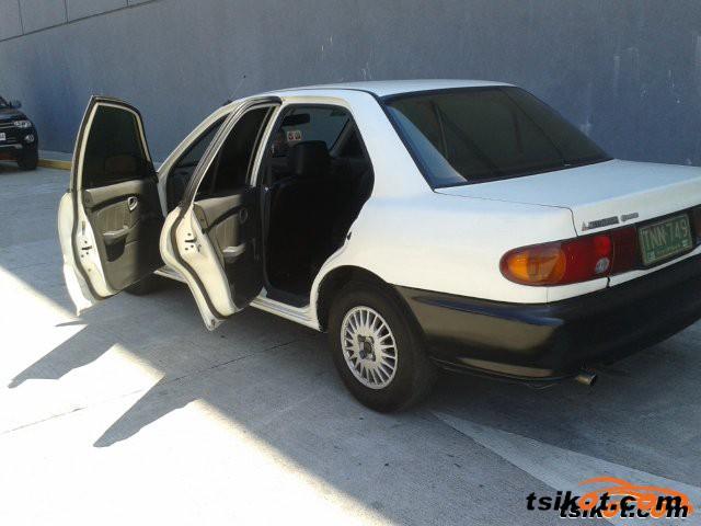 Mitsubishi Lancer 1994 - 5