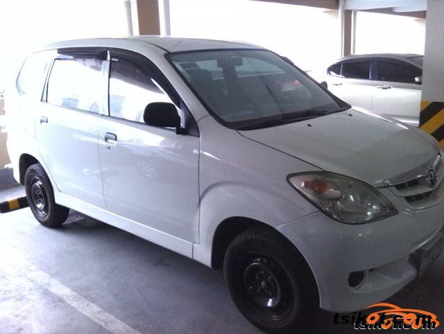 Toyota Innova 2008 - 2