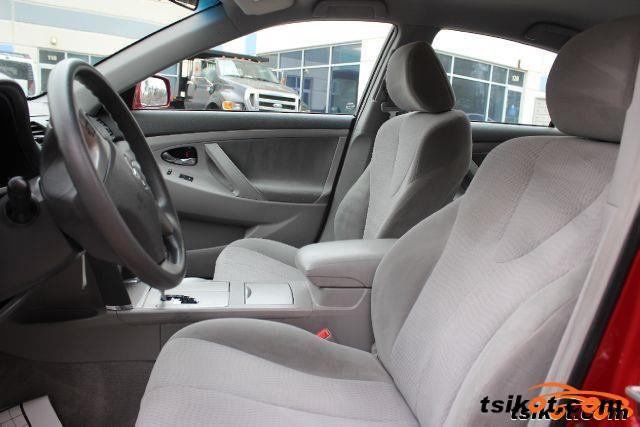 Toyota Camry 2010 - 3