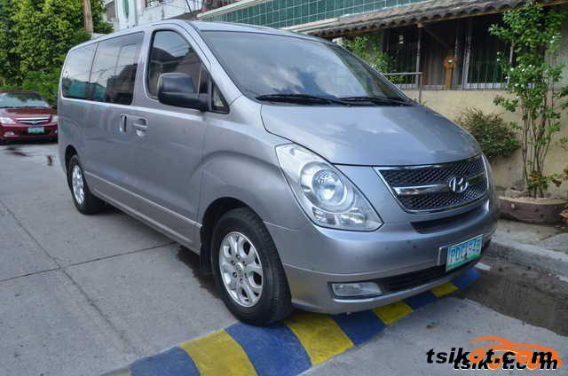Hyundai Starex 2011 - 3