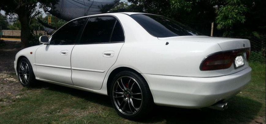 Mitsubishi Galant 1996 - 3