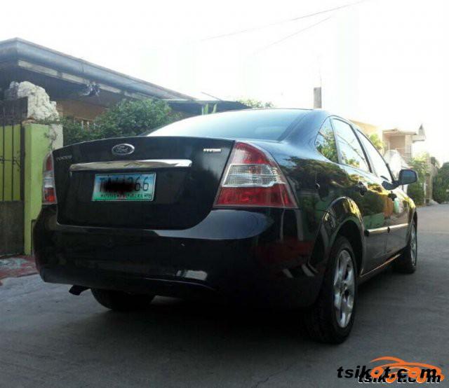 Ford Focus 2011 - 1