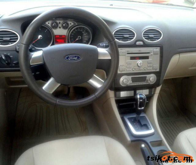 Ford Focus 2011 - 2