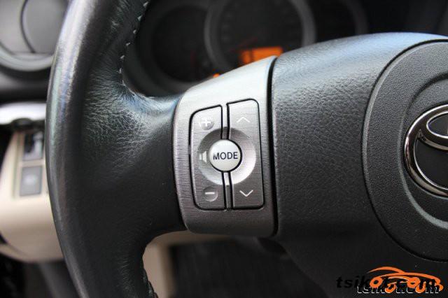 Toyota Rav4 2007 - 5