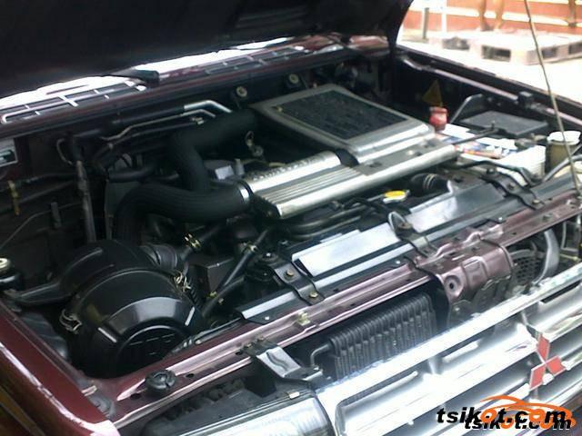 Mitsubishi Pajero 2001 - 2