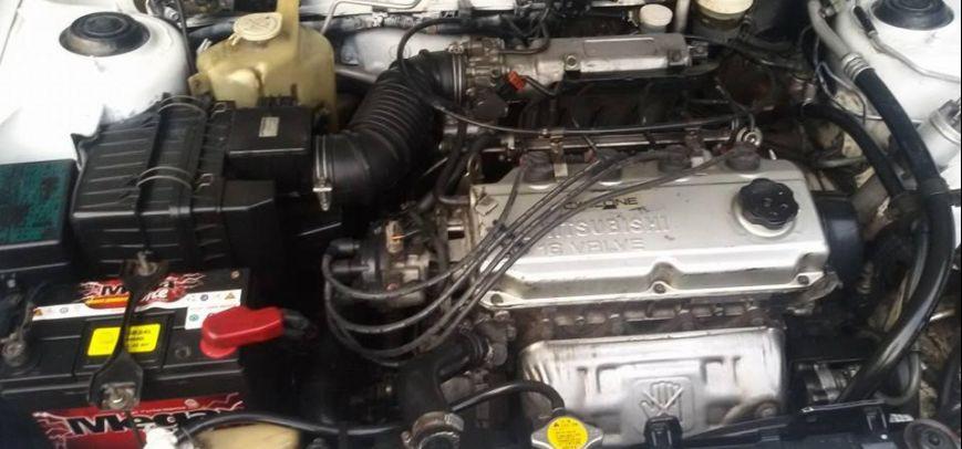 Mitsubishi Lancer 1996 - 4