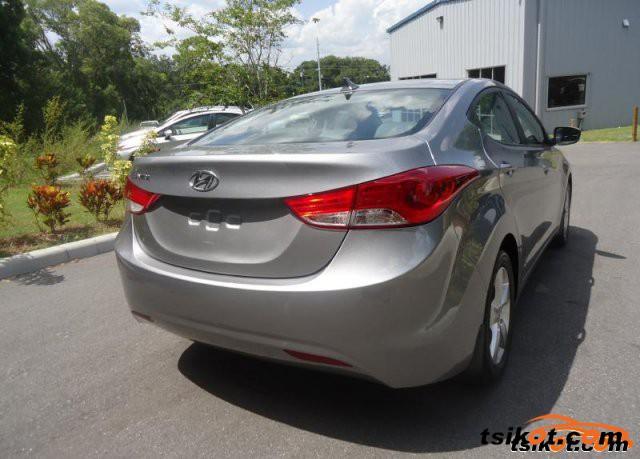 Hyundai Elantra 2013 - 6