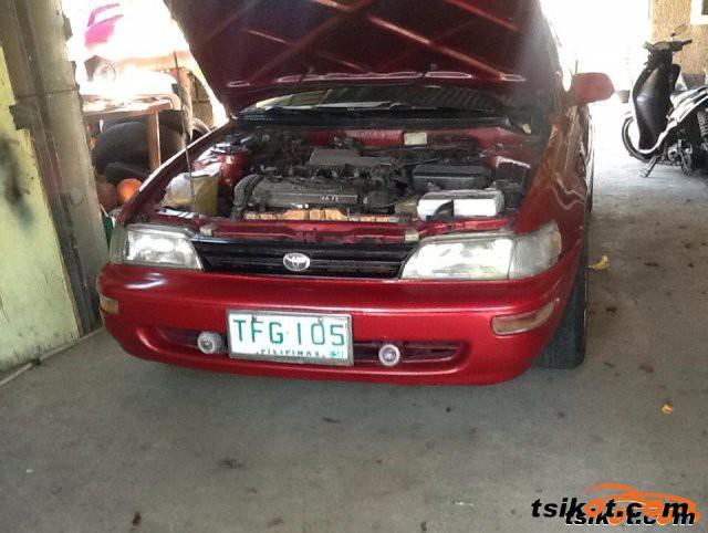 Toyota Corolla 1992 - 3