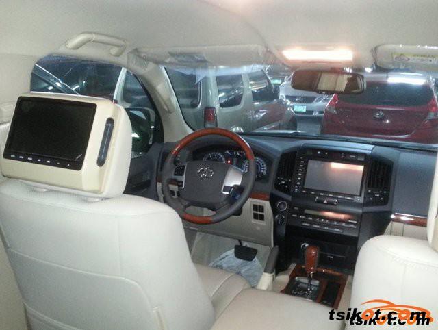Toyota Land Cruiser 2015 - 6