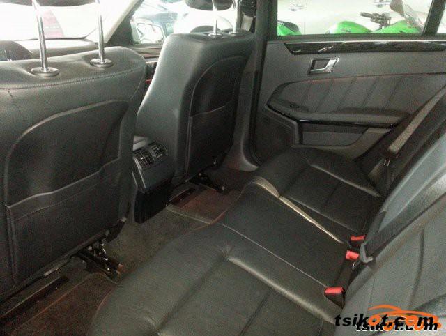 Mercedes-Benz 220 2012 - 2