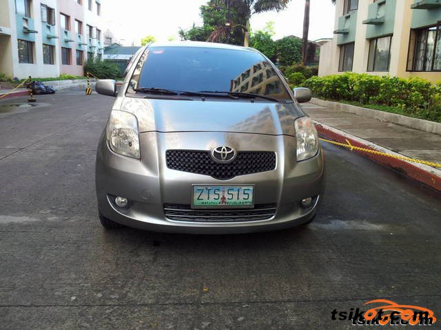 Toyota Yaris 2009 - 6