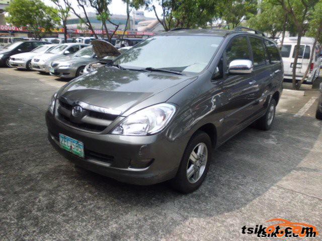 Toyota Innova 2006 - 3