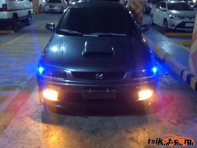 Mazda Familia 1996 - 4