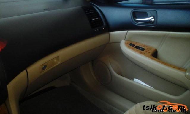 Honda Accord 2003 - 1