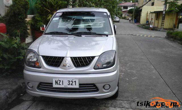 Mitsubishi Adventure 2009 - 4