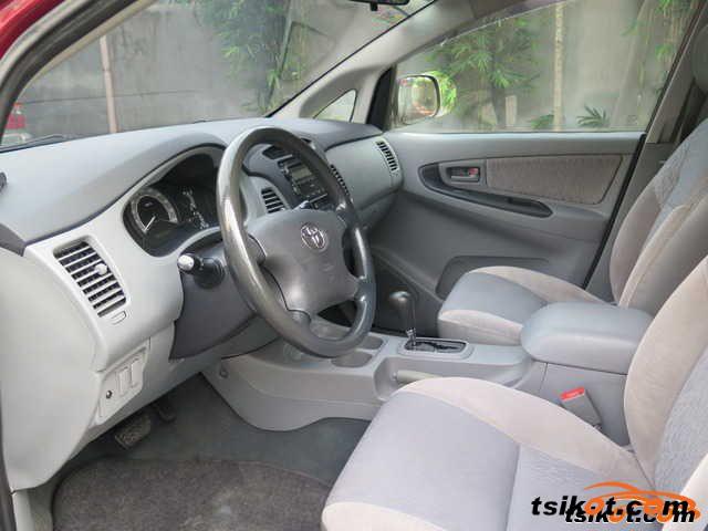 Toyota Innova 2000 - 3