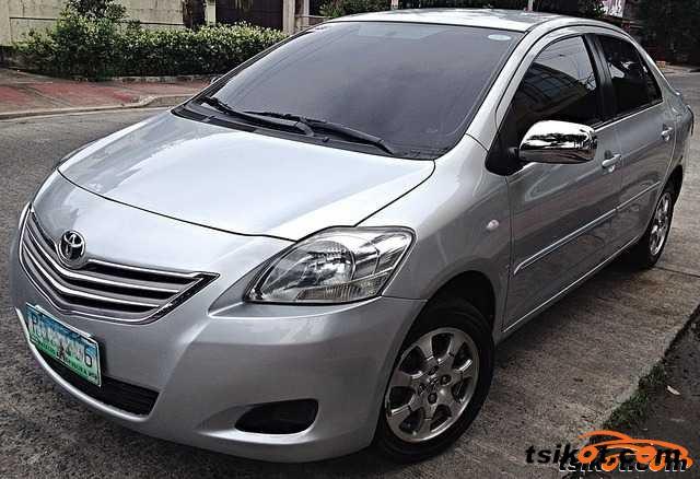 Toyota Corolla 2011 - 1