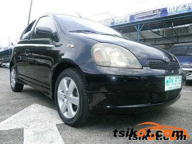 Toyota Echo 2000 - 4