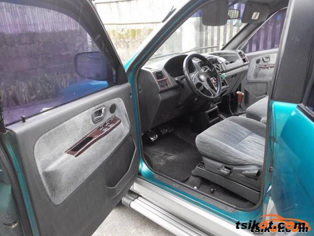 Chevrolet Adventure 2000 - 3
