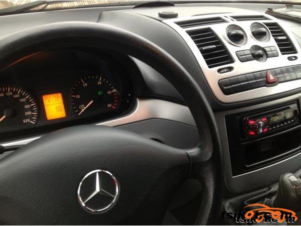 Mercedes-Benz Vito 2009 - 3