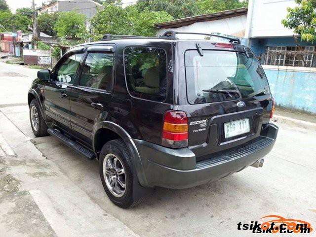 Ford Escape 2003 - 2