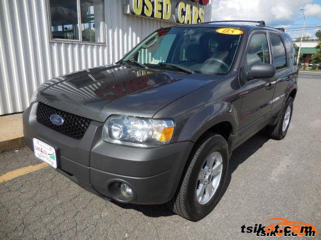 Ford Escape 2006 - 1