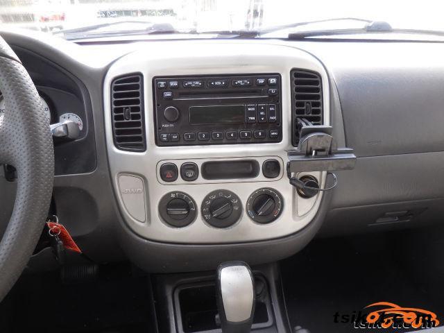 Ford Escape 2006 - 4