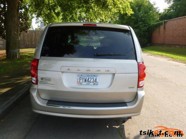 Dodge Grand Caravan 2012 - 2