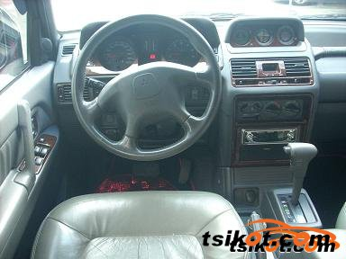 Mitsubishi Pajero 2005 - 2