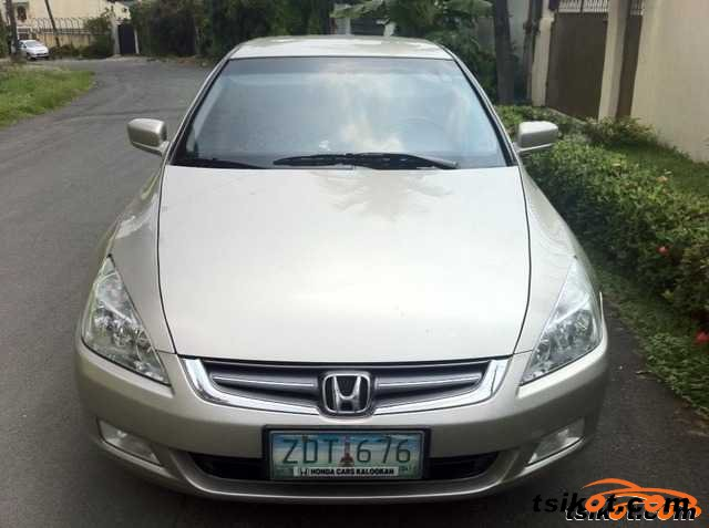 Honda Accord 2006 - 4