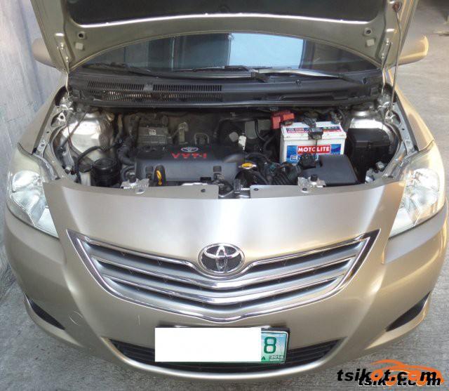 Toyota Vios 2010 - 1