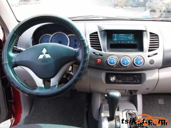 Mitsubishi Strada 2008 - 1